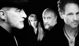 Fleetwood_Mac_Reunion_Tour_2013